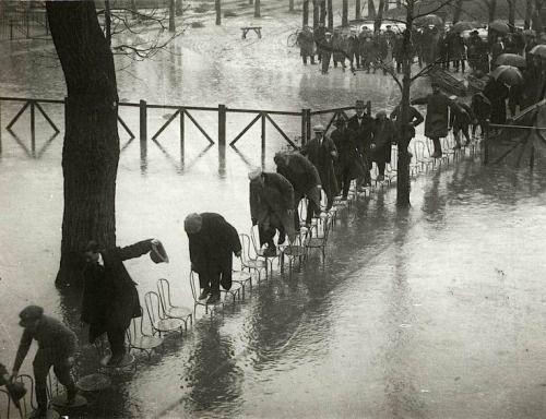 water-paris-1910