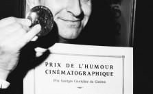 Louis de Funes on December 20, 1967, with his diploma and his medal of the Prix Courteline, awarded for cinematographi humour, which he received for his role in the movie LES GRANDES VACANCES.  Le 20 dйcembre 1967, Louis de Funиs avec son diplфme et sa mйdaille du Prix Courteline de l'humour cinйmatographique pour son interprйtation dans le film LES GRANDES VACANCES.