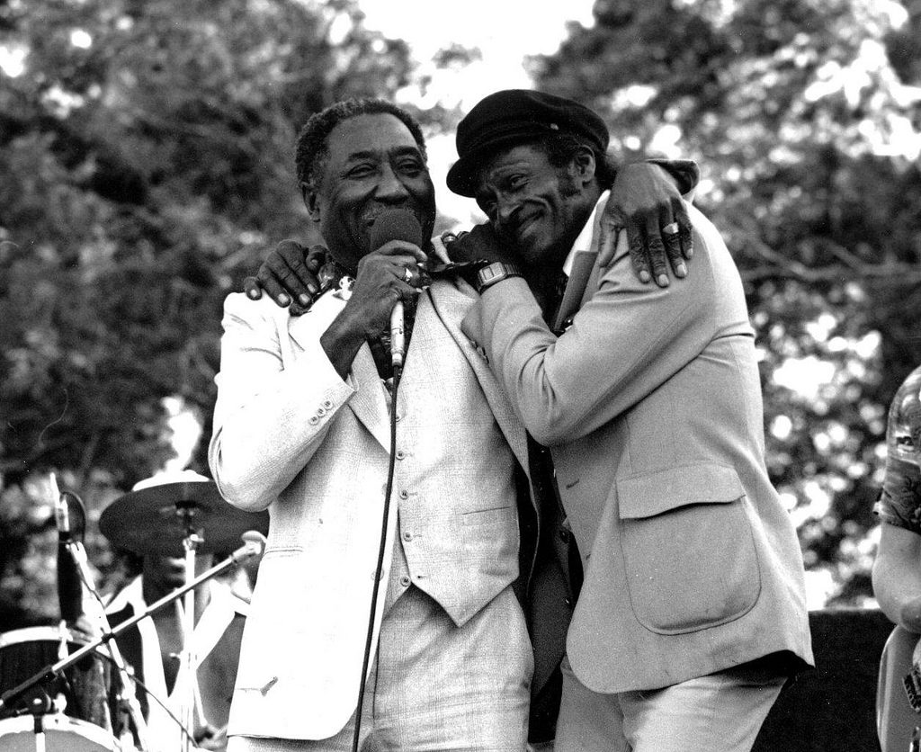 02-cb-with-muddy-waters